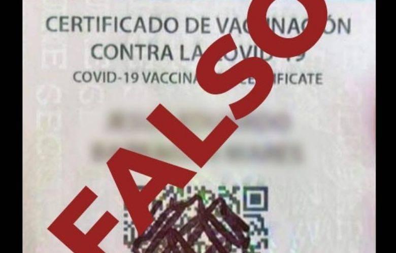 Circula tarjeta de vacunación falsa