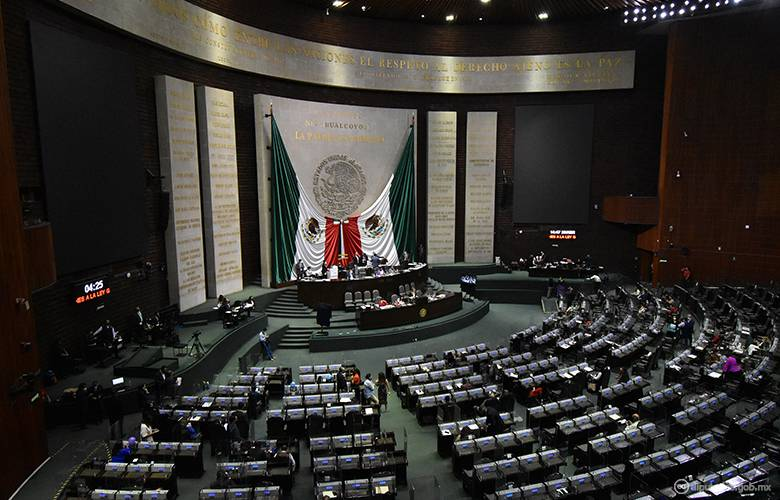 Va Morena en San Lázaro por reforma electoral; acusan abusos del INE